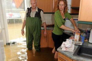 Потоп - соседи затопили