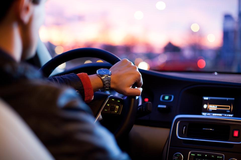 Порядок оформления дарственной на личный автомобиль